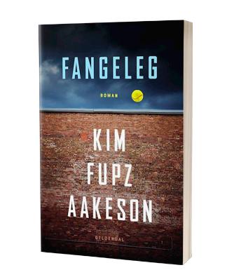 'Fangeleg' af Kim Fupz Aakeson