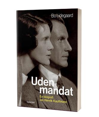 Giv 'Uden mandat' af Bo Lidegaard i julegave