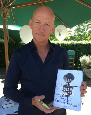 Søren Sveistrup forfatter