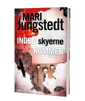 'Inden skyerne kommer' af Mari Jungstedt - 1. bog i serien